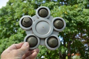 Saturn VUE 2002-04 Wheel Center Cap OEM Part # 22661204