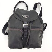 Auténtico Prada Vintage Nylon y cuero mochila bolsa en Italia Gris Oscuro