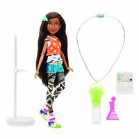 Project MC2- Doll with Experiment Famosa Bryden Bandweth multicoloured