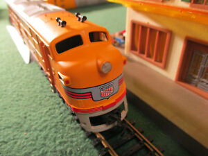 VINTAGE Tyco City of San Francisco Lighted A Unit Diesel Engine Train Track Car