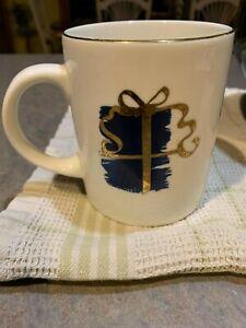 10 Strawberry Street Christmas Gift Present Gold Trim 12oz Mug Coffee
