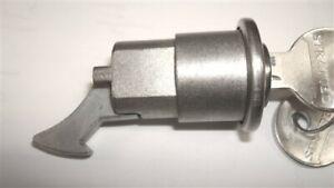 New 1967-1987 Peterbilt Model 359 Storage Glove Lock With Retainer & Keys