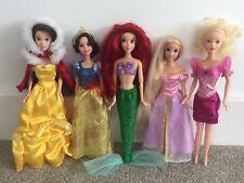 5 Muñecas Barbie Princesa Disney & Ropa Bundle-Ariel Sirena Belle
