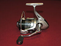 Very Nice Shakespeare Contender Medium Spinning Reel CONT35, Works Great #2