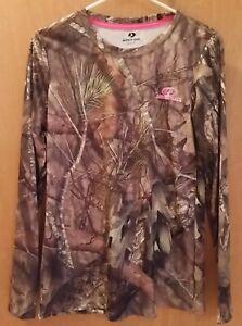 NWOT Mossy Oak Base Layer Break up Camo Long Sleeve Tshirt Top Women's Medium