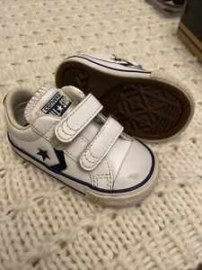 Converse Infant Trainers Shoes Uk 4 White Leather And Navy Good Condition
