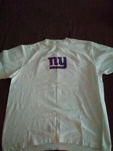 Vintage New York Giants NFL T-Shirt.