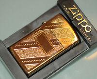 (PRL) ZIPPO ORO SLIM DIAGONAL SWIRL GOLD PLATED AANSTEKER  DIAGONALE COLLECTION