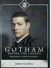"BEN MCKENZIE SIGNED 2014 ""GOTHAM"" #C01 - JAMES GORDON"