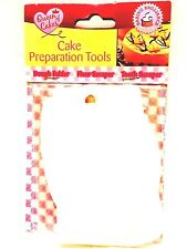 Pack of 3 Cake Preparation Tools - Dough Folder Flour Scraper Tooth Scraper