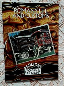 ROMANY LIFE AND CUSTOMS PAULTONS ROMANY MUSEUM PUBLICATION 1990 1ST EDITION