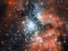 HUBBLE SPACE TELESCOPE STAR CLUSTER BURSTS INTO LIFE POSTER PRINT ART 419PYB