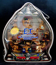 E.T.-THE EXRA TERRESTRIAL Mini Collectibles Action Figures w/Case-Unopened
