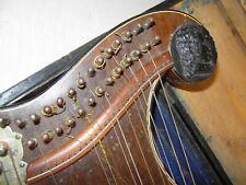 schöne alte Zither Zitter geschnitzter Kopf 32-saitig 32 Saiten Harfenzither