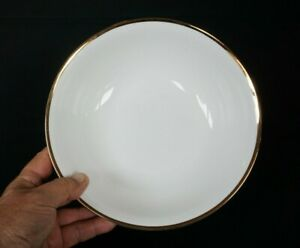 Beautiful Maxwell Williams White Gold Serving Bowl