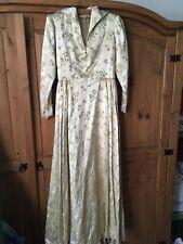 Vestido de boda Gótico Princesa Medieval floral de oro hermoso traje de novia 6/8