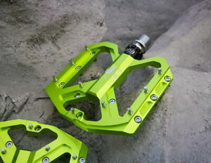 Aluminum Road MTB Mountain Bike XC City Bicycle Pedal Flat Cycling Pedals Green