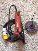 HILTI DCG 125-S 110V Site Angle Grinder with 7 spare disc