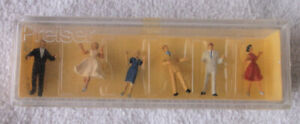 Preiser HO Scale 6 Formal Dancers Painted Figures #120 in Original Box