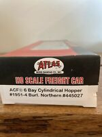 HO Scale Atlas 1951-4  Burlington Northern 6 Bay Cylindrical Hopper #445027
