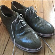 Women's Shoes Ugg Oxfords size 8, sage green, leather, lightly worn