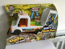 Il Ugglys Pet Shop-Dirty Dog Wash Van con oltre 30 suoni lordo