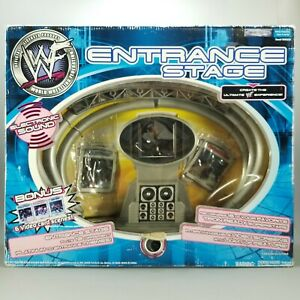 2001 WWF Entrance Stage with Lights & Sounds Wrestling Playset Open Damaged Box