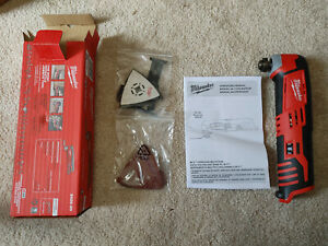New Milwaukee M12 12 Volt Oscillating Multi Tool With Attachments # 2426-20
