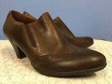 ed2a46065d3 BORN 8 Brown Chakri Bootie Side Zip Stacked Heel Leather Wingtip D50106