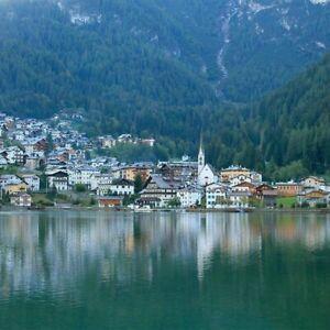 4 Tage Kurzreise Dolomiten 3* Hotel Alleghe Italien Erholung Urlaub Alleghe See