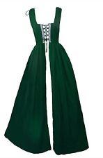 Kostüme mit Barock und Rokoko Thema in Grün