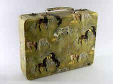ANCIENNE BOITE A COUTURE, valisette, décor chevaux, années 60