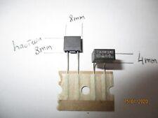 1AT / 250V  Fusible  PCB Miniature  TE5  en lot de 2 pieces