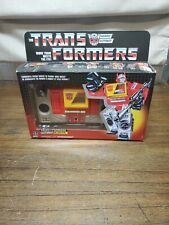 Hasbro Transformers G1 Autobot Blaster Action Figure E7833