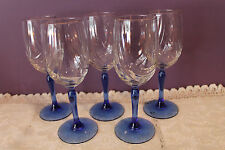BEAUTIFUL SET OF 5 CLEAR GLASSES WITH GOLD RIM AND BLUE STEMS - DRAPED