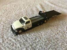 Maisto Flatbed Truck Highway Patrol Vehicle Support -Possible Scale 1:64