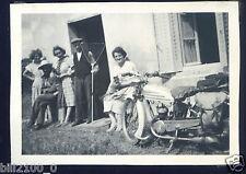 photo ancienne . moto ancienne . motard
