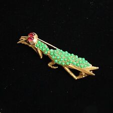 Ciner Figural Praying Mantis Brooch Insect w Big Red Cabochon Eyes Unique & Rare