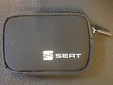 Genuine SEAT Accessories SEAT Portable Garmin Sat Nav Display Case GPS Car
