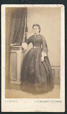 CDV c. 1870 - Jeune Femme à Saint Maixent - T706