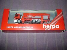 HERPA MB T2 VARIO LF8 CAMION POMPIERS 1:87 / NEUF DANS EMBALLAGE D'ORIGINE