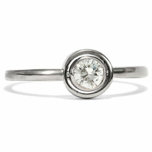 A Wonderful Engagement Ring: 750 White Gold Ring With 0,23 CT Diamond Brilliant