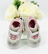 NEW Stride Rite Baby Toddler Girls' Sneaker Shoes Size 3 Silver Kitty