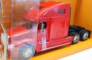 Welly 1/32 Scale Model Car 32620W - Freightliner Columbia - Red