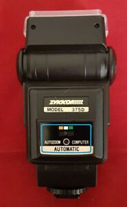 Zykkor 375D Automatic Flash. Superb Condition. Tested and Working Well