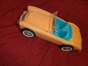 VINTAGE 1962 BARBIE DOLL AUSTIN HEALEY CONVERTIBLE SPORTS CAR Made in USA