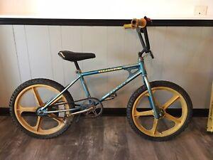 old school bmx 1981 Schwinn Scrambler All Original Tuff 2 Mag Wheels Vintage