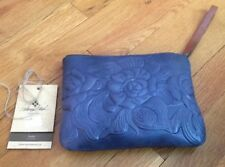 New Patricia Nash Women's Navy Blue Rose Tooled Leather Wristlet Purse ~ NWT