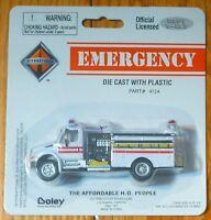 Boley #412471 International Fire Truck Pumper White w/Red Stripes (1:87 Scale)