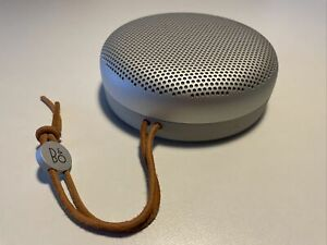 """Bang & Olufsen B&O Beoplay A1 Portable Bluetooth Speaker, Colour Is """"Natural"""""""